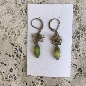 3/$15 Vintage green bead dangle earrings